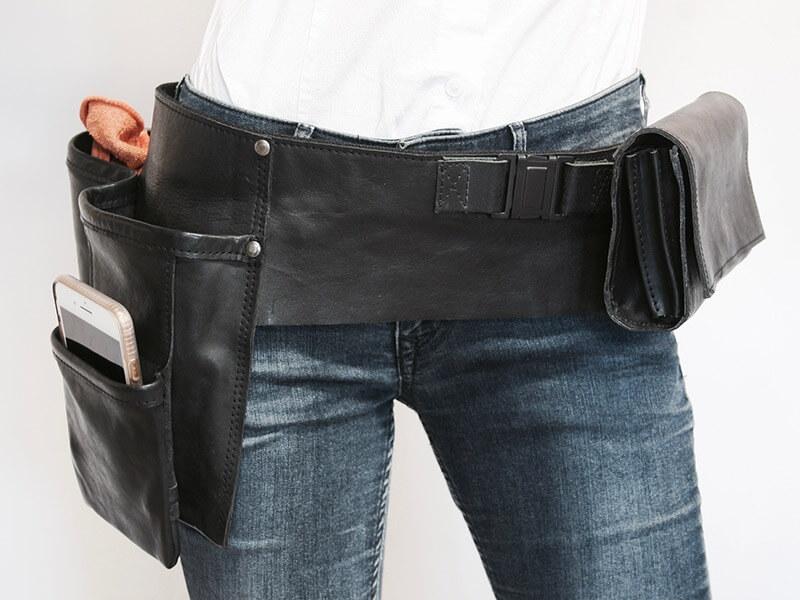 Horeca leder riem voor doekjesbeker en portemonnee